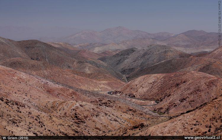 Cuesta Pajonales de la Panamericana entre La Serena y Vallenar, Chile